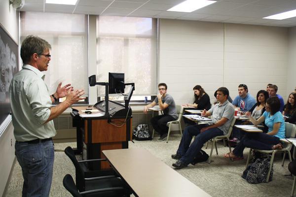 Professors pull polls into UPJ classrooms
