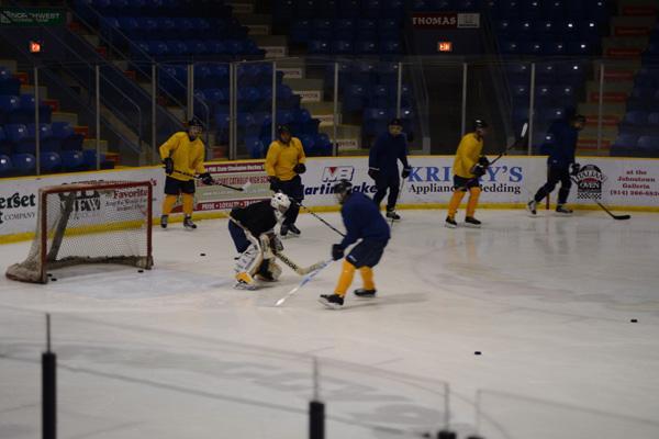 Hockey team seeks to avenge losses