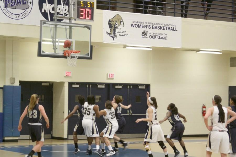 Basketball players prepare for playoffs