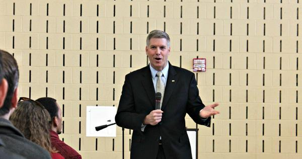 Chancellor begins bond with campus