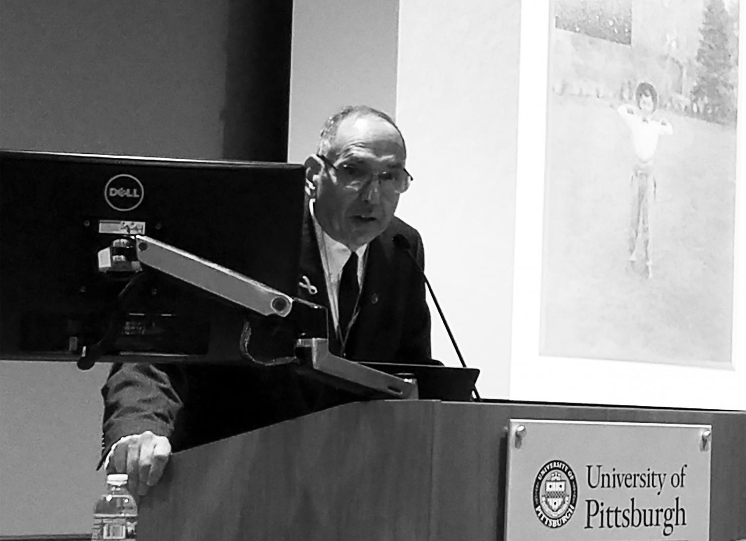 Astronomer David Levy speaks about his comet discoveries last Thursday at the Murtha Center.