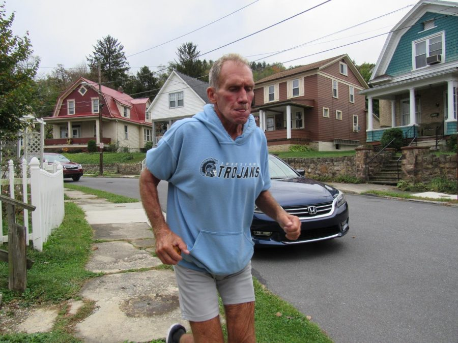 Mick Bernardo of Johnstown sets off for an 8 to 10 mile jaunt on an Oct. 12 morning in Roxbury.