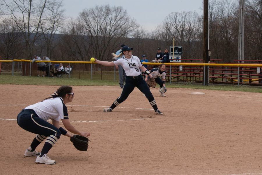 Pitt-Johnstown+pitcher+%2318+Alyssa+Hileman+winds+up+to+strike+out+the+batter+from+Clarion.